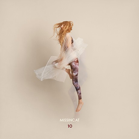 """MISSINCAT – """"10″"""